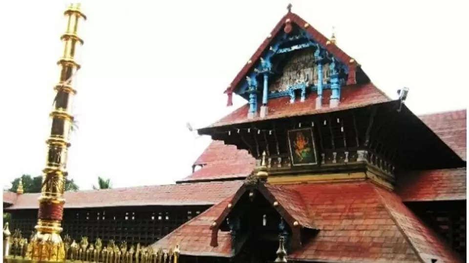Ettumanoor Thiruvabharana theft case-  criminal action against former priest