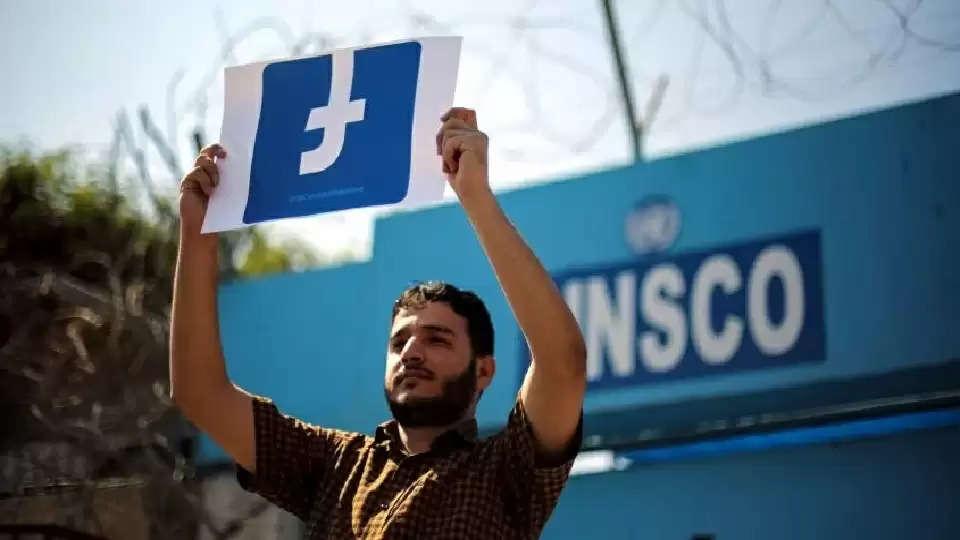 Facebook censors Palestinian posts